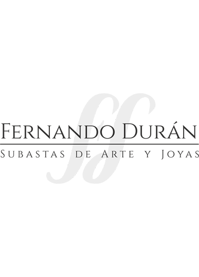 527-Lote en plata española punzonada compuesto por: salvilla con marcas de Pérez Fernández. alero relevado con decoración de rocallas y campo grabado con